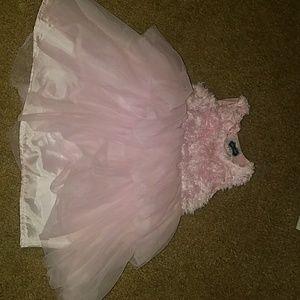 Kids size 4t pink dress